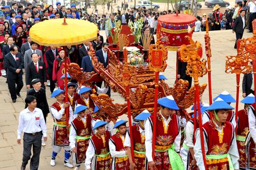 Bach Dang festival